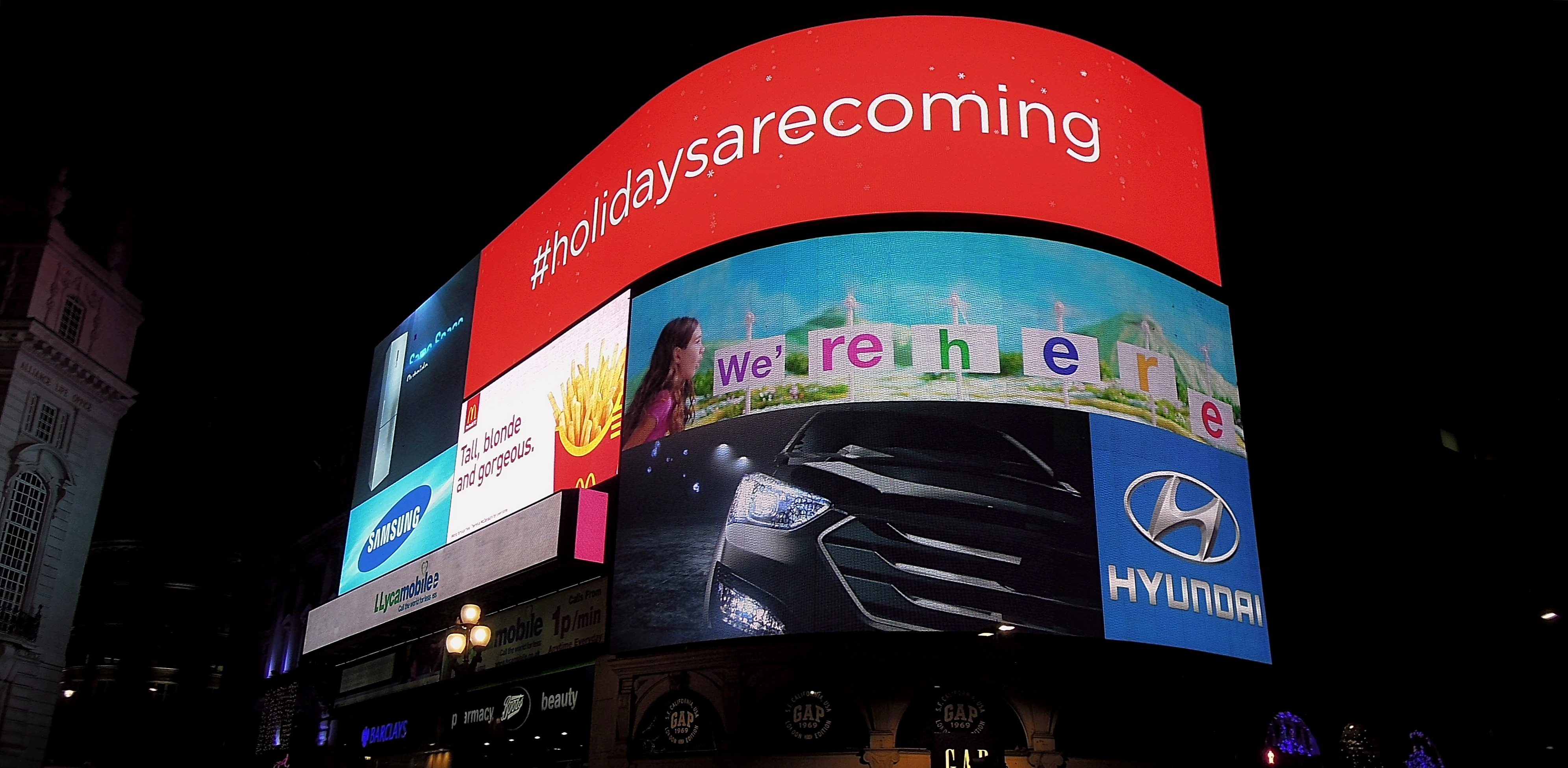 piccadilly-circus-london-billboard